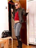 Innocent teen anette lifts her shirt to show of the perky goods
