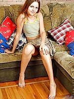 Leggy tanned teen offers excellent upskirt views in her sundress