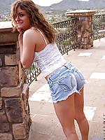 Alluring amateur Nadea having fun teasing and posing outdoor